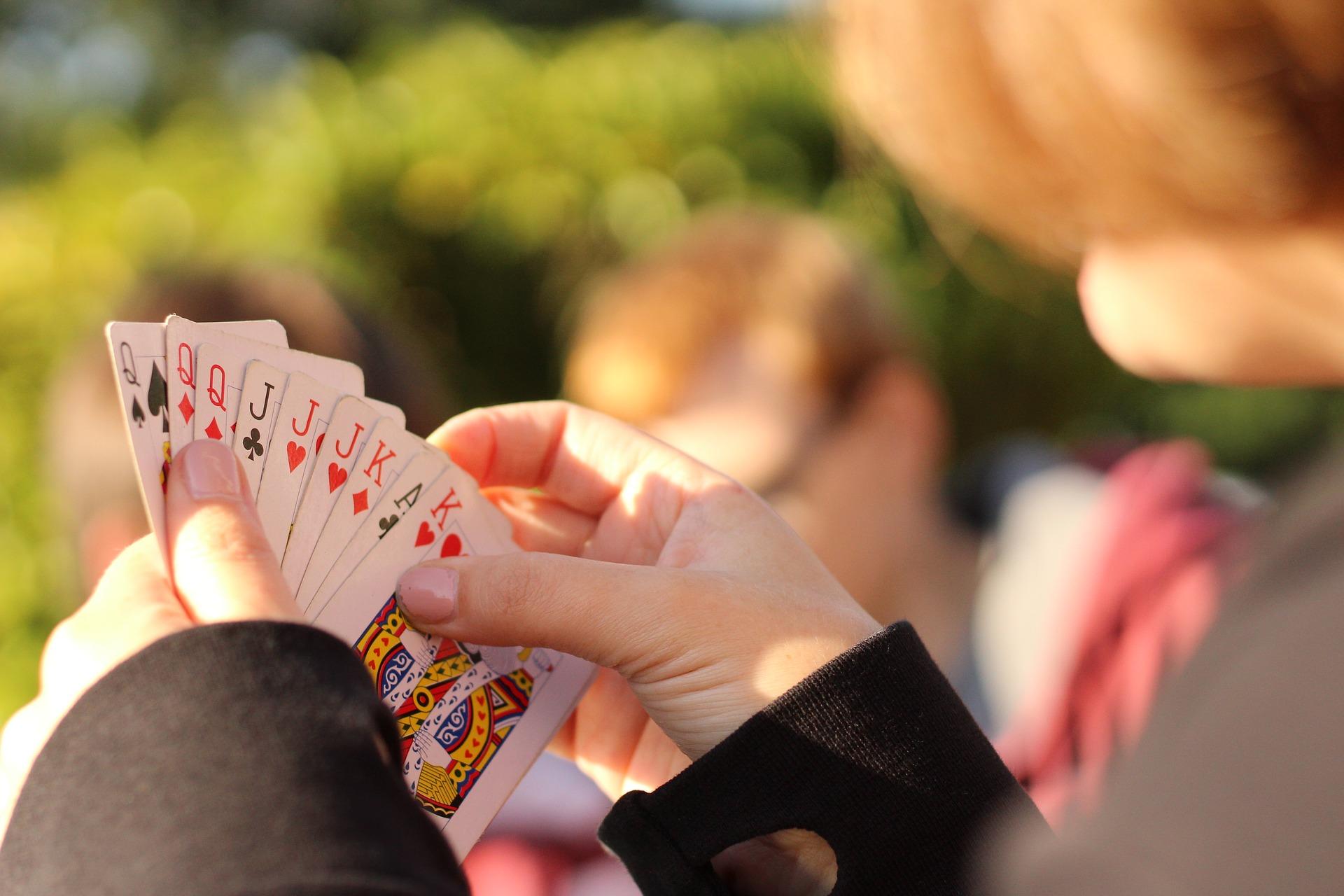 17 Und 4 Kartenspiel