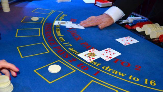 Blackjack Tisch in Europa